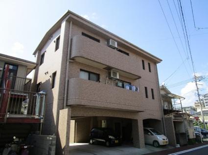 鹿児島県鹿児島市、新屋敷駅徒歩7分の築13年 3階建の賃貸マンション