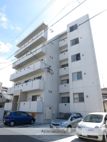 鹿児島県鹿児島市、新屋敷駅徒歩10分の築7年 5階建の賃貸マンション