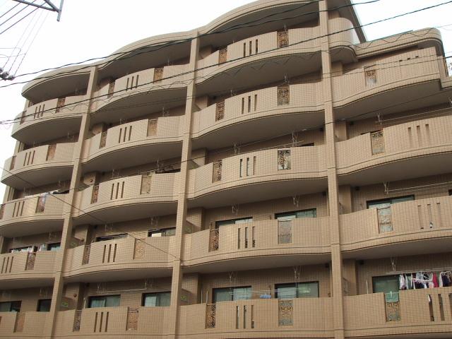 鹿児島県鹿児島市、鹿児島中央駅徒歩62分の築20年 5階建の賃貸マンション