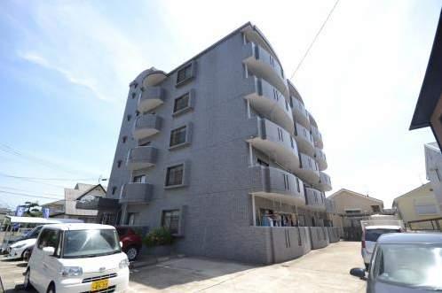鹿児島県鹿児島市、宇宿駅徒歩12分の築18年 5階建の賃貸マンション