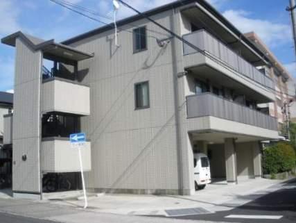鹿児島県鹿児島市、谷山駅徒歩12分の築12年 3階建の賃貸アパート