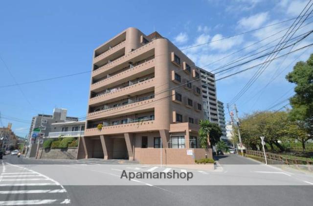 鹿児島県鹿児島市、新屋敷駅徒歩6分の築20年 7階建の賃貸マンション