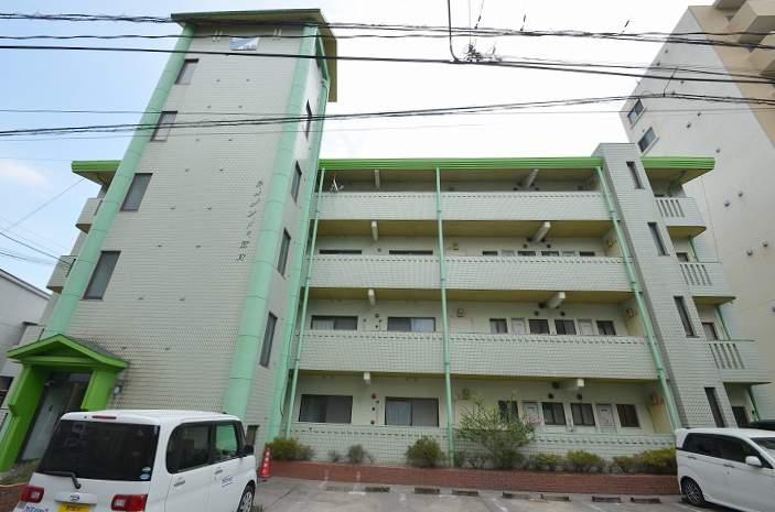 鹿児島県鹿児島市、鹿児島中央駅徒歩13分の築29年 4階建の賃貸マンション