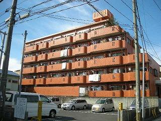 鹿児島県鹿児島市、二軒茶屋駅徒歩6分の築30年 5階建の賃貸マンション