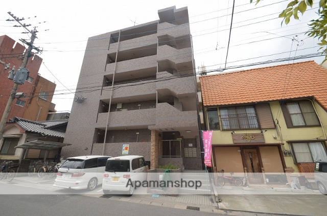 鹿児島県鹿児島市、二中通駅徒歩14分の築11年 5階建の賃貸マンション