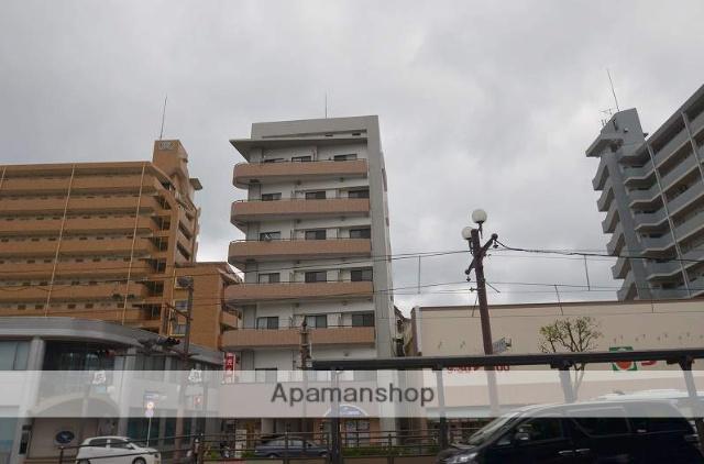 鹿児島県鹿児島市、武之橋駅徒歩4分の築4年 7階建の賃貸マンション