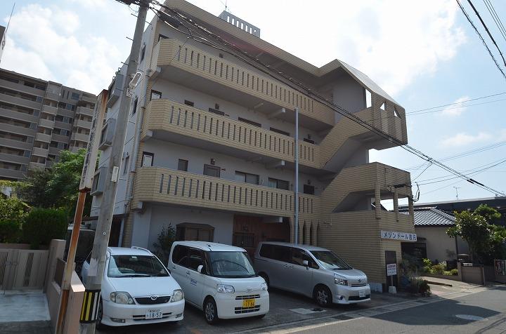 鹿児島県鹿児島市、荒田八幡駅徒歩6分の築31年 4階建の賃貸マンション