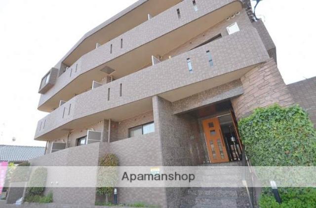 鹿児島県鹿児島市、神田(交通局前)駅徒歩8分の築16年 3階建の賃貸マンション