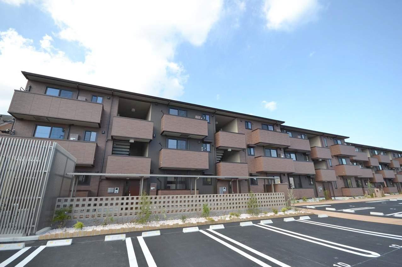 鹿児島県鹿児島市、谷山駅徒歩45分の新築 3階建の賃貸アパート