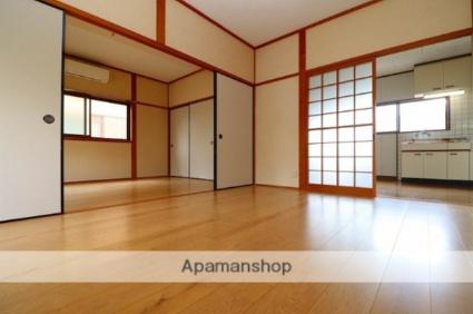 川西町福留貸家[4DK/67.68m2]のリビング・居間