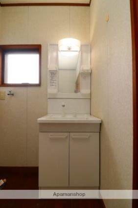 川西町福留貸家[4DK/67.68m2]の洗面所