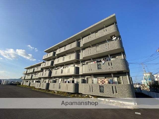 鹿児島県霧島市の築13年 3階建の賃貸マンション