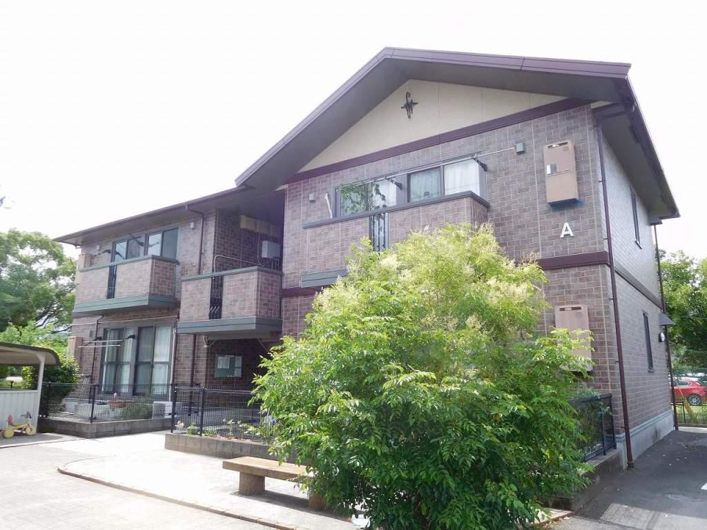 鹿児島県姶良市の築13年 2階建の賃貸アパート