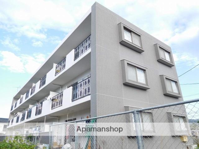 鹿児島県姶良市、加治木駅徒歩5分の築11年 3階建の賃貸マンション
