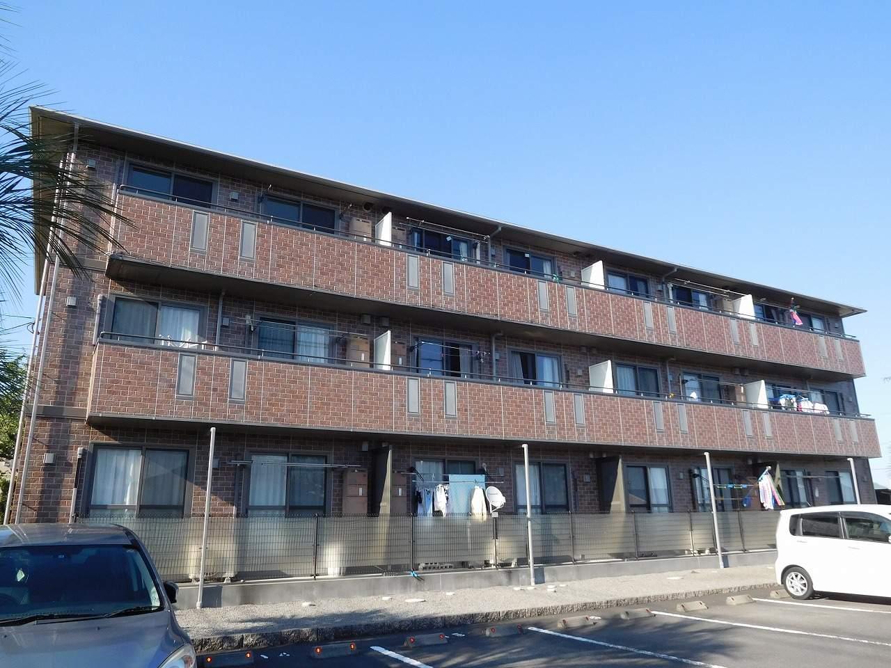 鹿児島県姶良市、帖佐駅徒歩12分の築12年 3階建の賃貸アパート