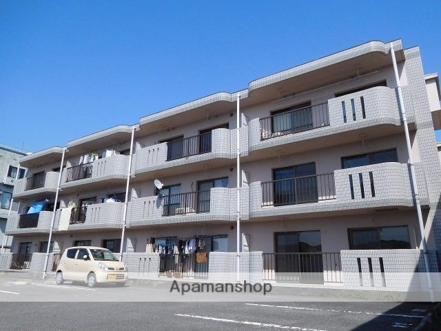 鹿児島県姶良市、加治木駅徒歩15分の築22年 3階建の賃貸マンション