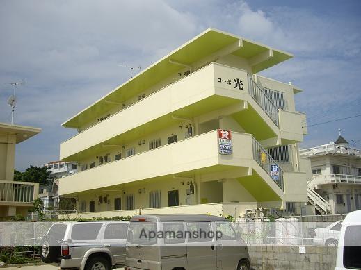 沖縄県中頭郡北中城村の築15年 3階建の賃貸マンション