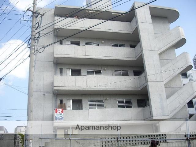 沖縄県沖縄市の築13年 4階建の賃貸マンション