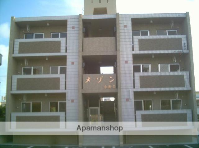 沖縄県うるま市の築11年 3階建の賃貸マンション
