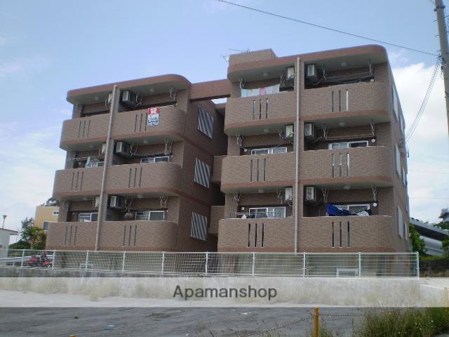 沖縄県国頭郡金武町の築11年 3階建の賃貸マンション