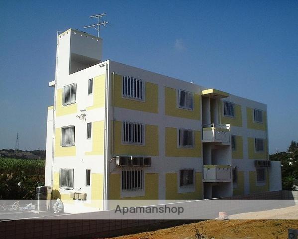 沖縄県うるま市の築14年 3階建の賃貸マンション