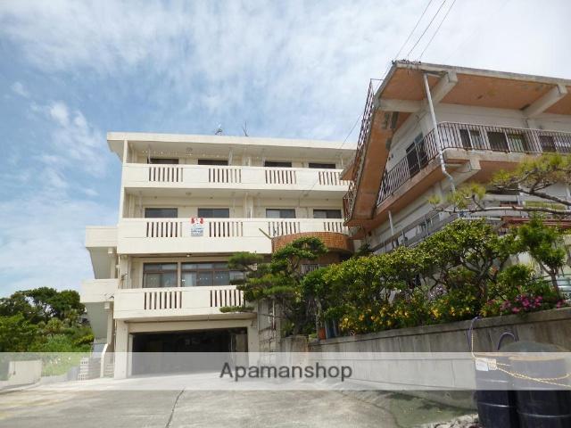 沖縄県うるま市の築21年 3階建の賃貸マンション