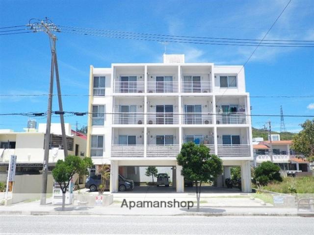 沖縄県中頭郡中城村の築9年 4階建の賃貸マンション