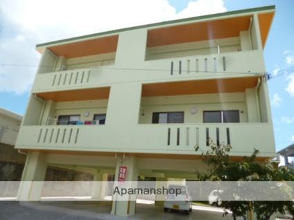 沖縄県中頭郡北中城村の築6年 3階建の賃貸アパート