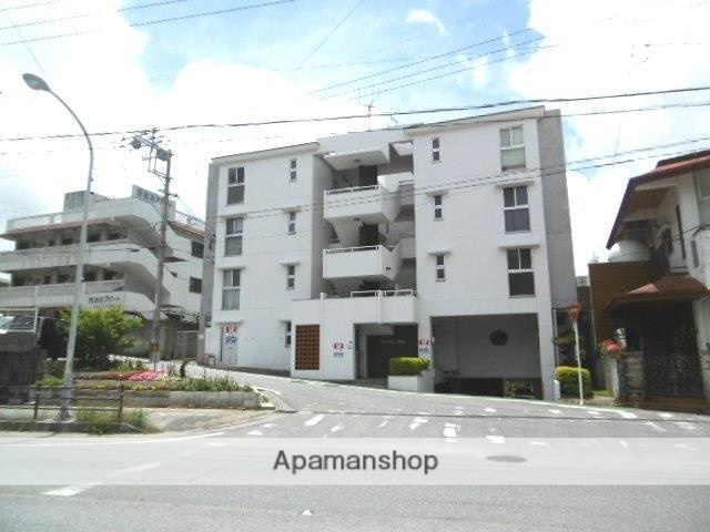 沖縄県宜野湾市の築20年 4階建の賃貸マンション