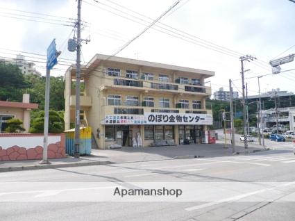 沖縄県中頭郡中城村の築28年 3階建の賃貸アパート