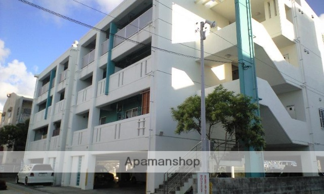 沖縄県那覇市、おもろまち駅徒歩17分の築14年 4階建の賃貸マンション