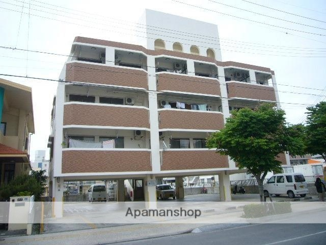 沖縄県那覇市、美栄橋駅徒歩30分の築12年 4階建の賃貸マンション