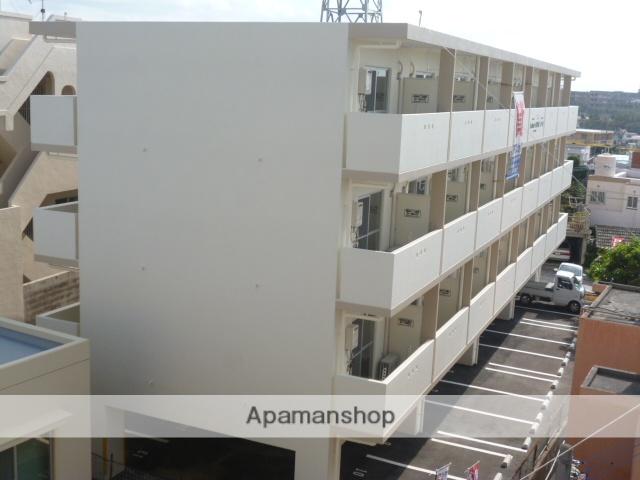 沖縄県浦添市、古島駅バス7分大平下車後徒歩1分の築3年 4階建の賃貸マンション