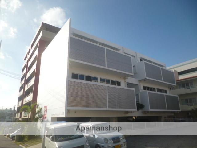 沖縄県浦添市の築6年 3階建の賃貸マンション