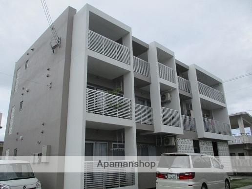 沖縄県南城市の築1年 3階建の賃貸マンション