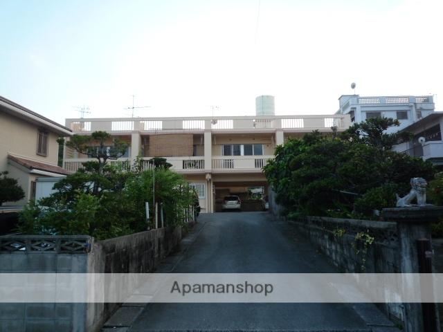 沖縄県島尻郡与那原町の築26年 2階建の賃貸マンション