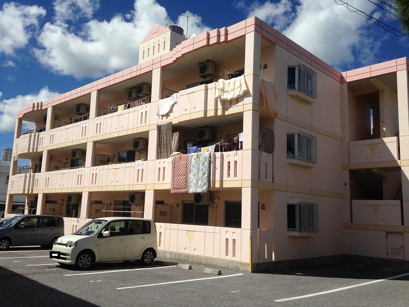 沖縄県島尻郡与那原町の築7年 3階建の賃貸マンション