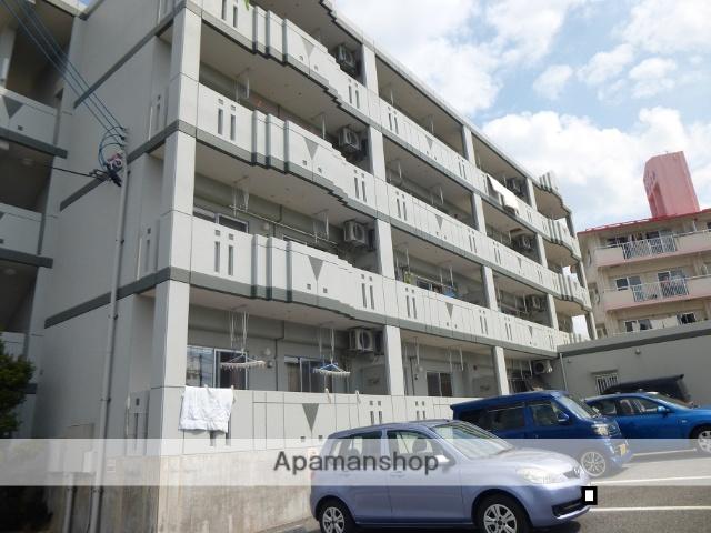 沖縄県南城市の築7年 4階建の賃貸マンション